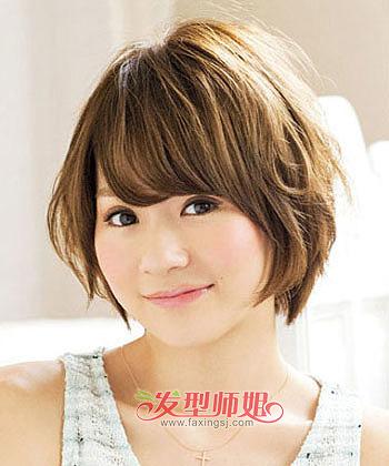 圆脸短发烫发发型图片 圆脸女性适合的短发型(2)