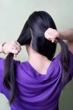 女生长发头像侧面