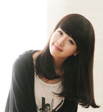 黑色齐刘海梨花头学生发型-黑色梨花头学生发型 黑色梨花头图片 4