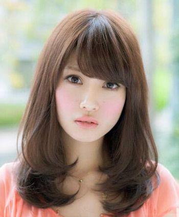 韩式中长发梨花头 中长发内扣梨花头发型