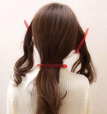 斜刘海怎么扎马尾好看 斜刘海马尾辫的扎法(2)