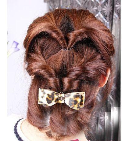 女生中长发盘发发型 简单易懂的盘发发型图解(7)
