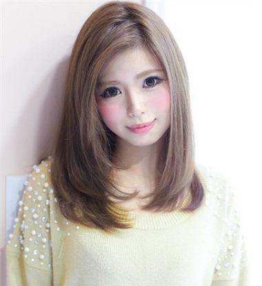 2016年圆脸中长发流行发型 圆脸中长发内卷梨花烫(2)图片