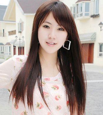 直发斜刘海发型 女生斜刘海直发发型图片