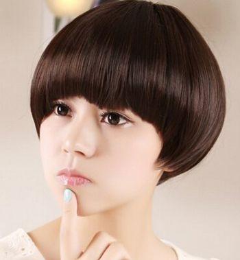 2016圆脸女生最新发型 初中女生圆脸短发发型图片图片