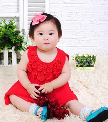 儿童短发发型图片 女童梳短发的图片图片