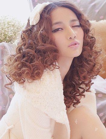齐肩小卷发发型图片 时尚齐肩小卷卷发型 发型师姐图片