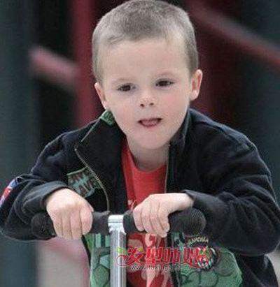 2-3岁小发型西瓜丸子头2到3岁男孩头型图片(头发少想弄男孩头图片
