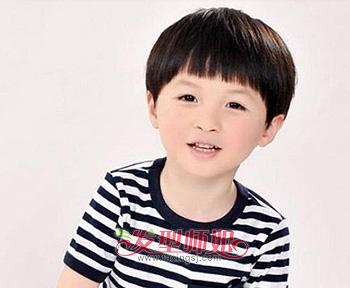 儿童蘑菇头短发图片 儿童蘑菇头短发发型