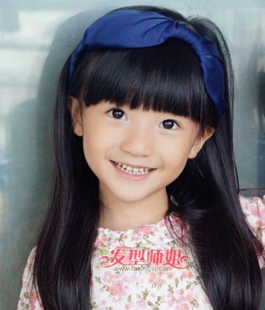 女学生怎样戴发箍 小学生女童发型(4)