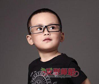 三岁小发型适合哪种图片三岁小男孩发型图片刘海烫男孩男头型图片