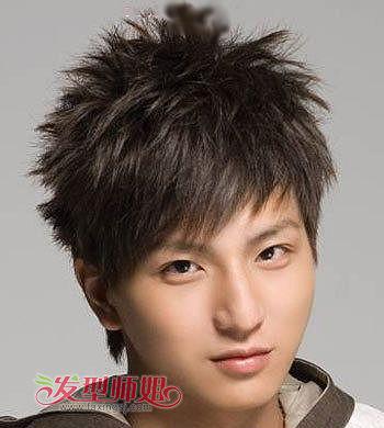 男生倒三角脸型适合什么短发发型 适合倒三角脸的男生