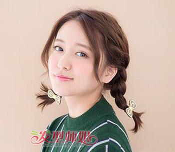 头发中分麻花辫编发发型 女生辫子扎发发型