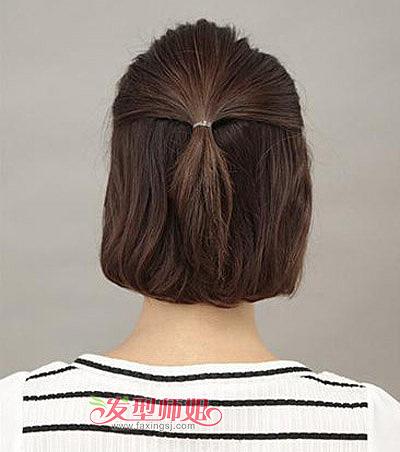 短发怎么扎成麻花 中短麻花辫的编法图解  2015-05-12来源:发型师姐图片