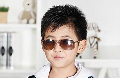 5岁男孩发型图片 5岁男宝宝造型头发(2)