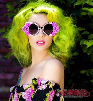 非主流假发爆炸头长发发型 非主流女生爆炸头发型(3)图片
