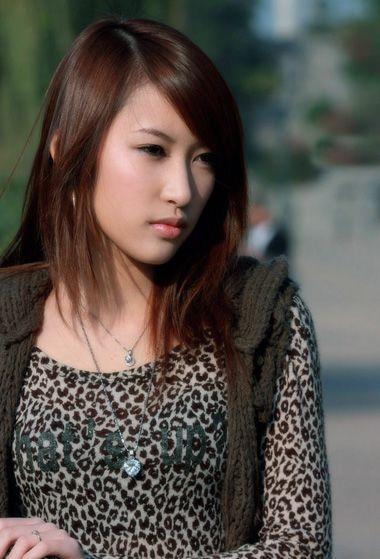 头发少剪什么短发型 长脸适合的齐肩短发发型图片