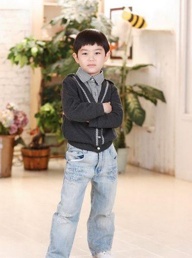 六岁小男孩剪什么发型 六岁男孩发型图片 5