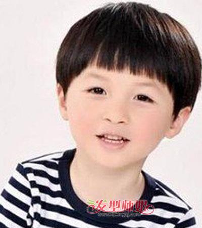 6岁小男孩平刘海短发-6岁男宝宝的发型 6岁男童酷炫发型 发型师姐