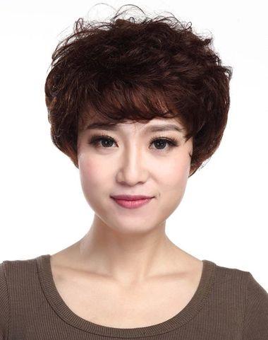 特别是老年女生重返往日的甜美时尚呢,这5款老年妇女最短发型,你还在图片