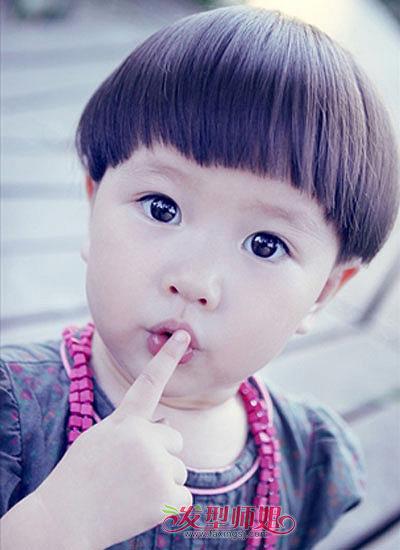 小男孩蘑菇头清凉短发图片
