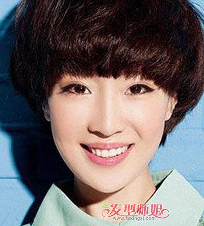 蘑菇头短发女生发型 超短蘑菇头发型图片(4)