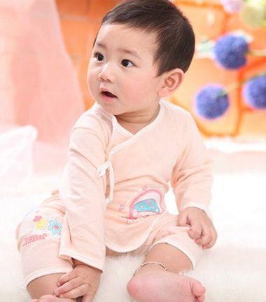 十个月男宝宝发型图 当前最流行的短发男宝宝发型图 4