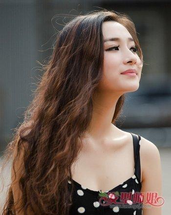 38岁大脸女人适合什么发型 适合38岁大脸女士的发型(2