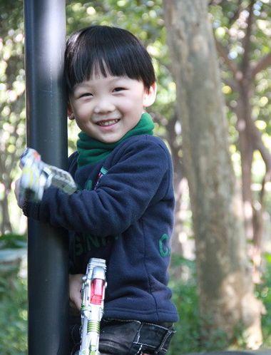 最酷最帅的五六岁男孩发型 五六岁小男孩锅盖头发型图片