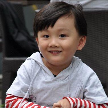 六岁男童留什么发型可爱 六岁男孩子的发型图片 发型师姐