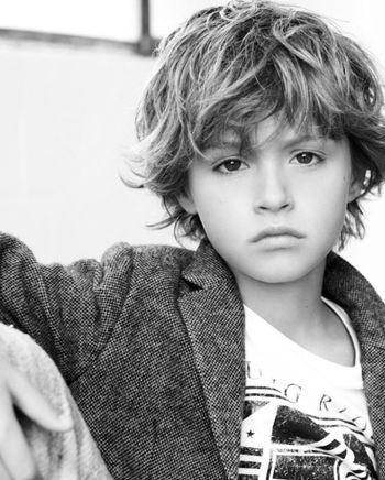 给小男孩的头发推出帅气发型图案 小男孩头发造型设计图片