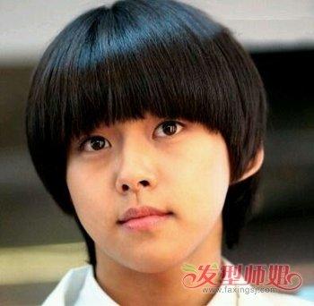 13岁大全男生超短型13岁西瓜男孩发型(2)_发头发齐刘海过眉图片
