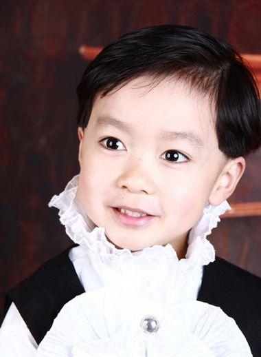 三周歲小男孩的發型 三歲男寶寶發型設計(4)