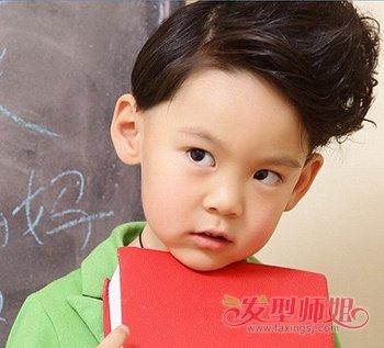 男宝宝流行发型有哪些