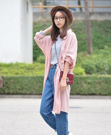 戴眼镜的女中学生的发型
