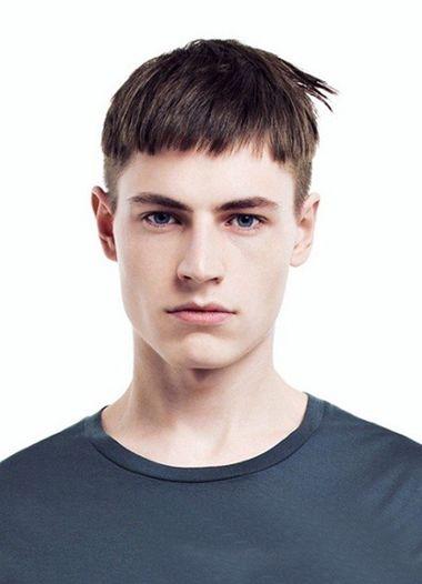 男生蘑菇头超短发发型-男生蘑菇头剪短发 男生蘑菇头短发