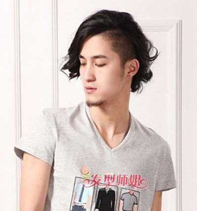 男生发型 男生长发 >> 男生自然卷中长发发型设计 男孩长头发发型图片图片