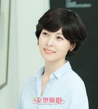 中年小个圆脸适合剪什么头发 中年女性圆脸短发图片图片