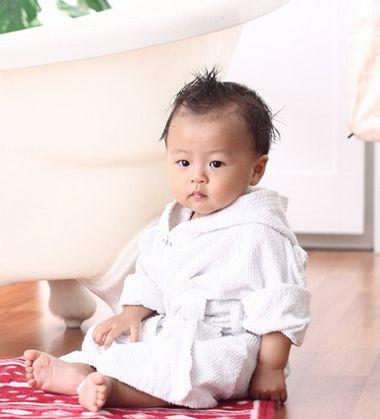 一两岁小男孩的发型 两岁男宝宝发型设计图片