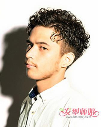 全是卷的男生发型 适合男生的卷发发型(2)图片
