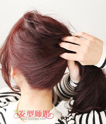 中学生蓬松马尾的扎发型造型 简单长发马尾扎发步骤图片
