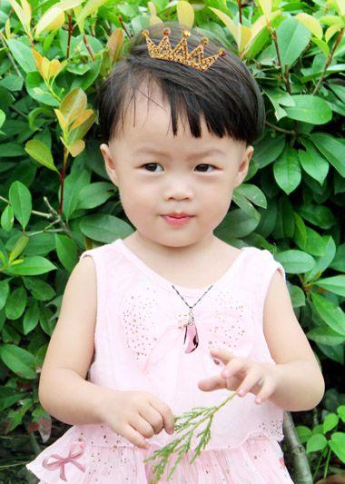 2岁女宝宝偏梳中短发波波头发型