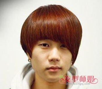 男生蘑菇头清新发型 男中学生蘑菇发型图片