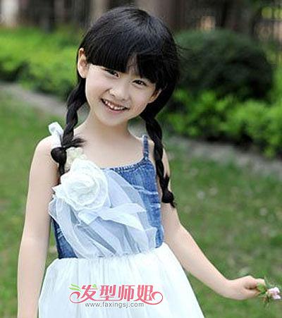 5岁宝宝扎辫子的发型 儿童辫子扎发发型图片