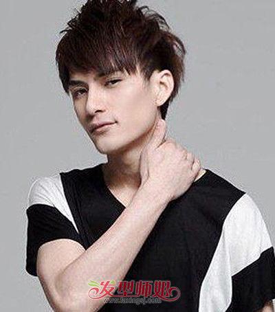 男生倒三角脸型长刘海短发发型图片