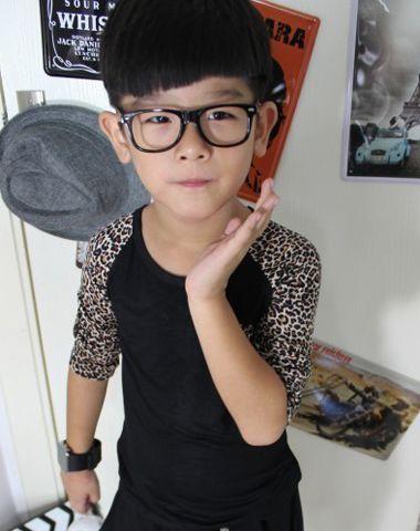 5、6岁小男孩斜刘海-5 6岁男孩有什么发型 6岁男宝宝适合的发型