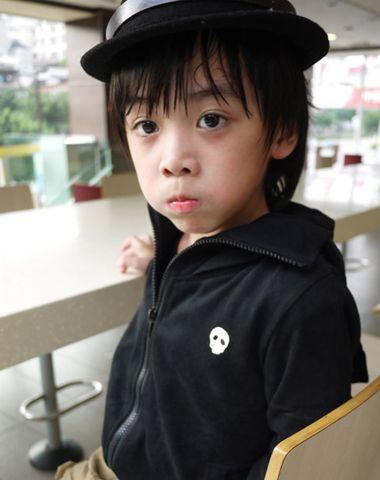 5、6岁小男孩少发量中短发发型-5 6岁男孩有什么发型 6岁男宝宝适合
