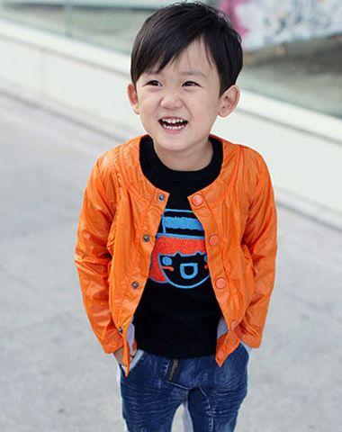 5、6岁小男孩偏梳柔顺中短发发型-5 6岁男孩有什么发型 6岁男宝宝适