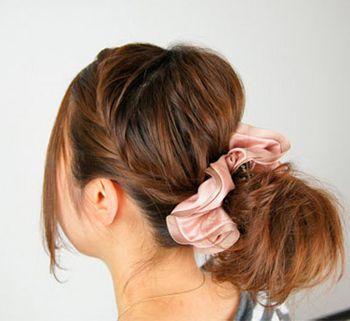 怎么梳理花苞头发型 花苞头的梳法步骤(7)