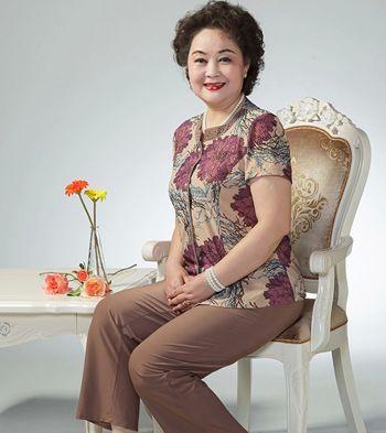 中老年的女人如何选择自己的发型 老年发型大全(4)